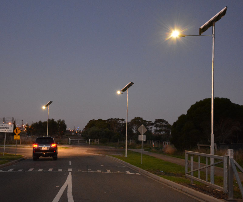outdoor integrated solar LED light
